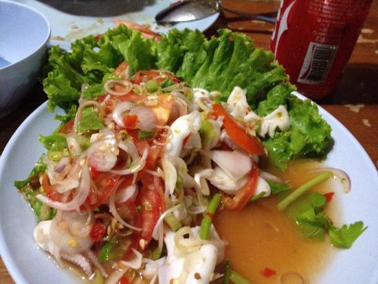 Tukta Thai Food: Squid salad