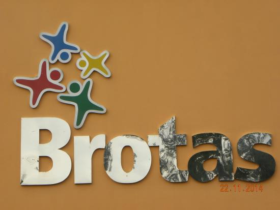 Pousada das Araras : Portal Brotas