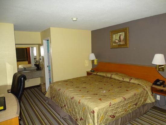 Super 8 Spring/The Woodlands Area: chambre fond droit