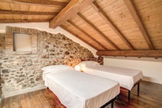 Borgo Vistalago : Camera Familiare Green