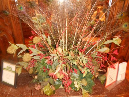 Conrad-Caldwell House Museum (Conrad's Castle) : Christmas table display