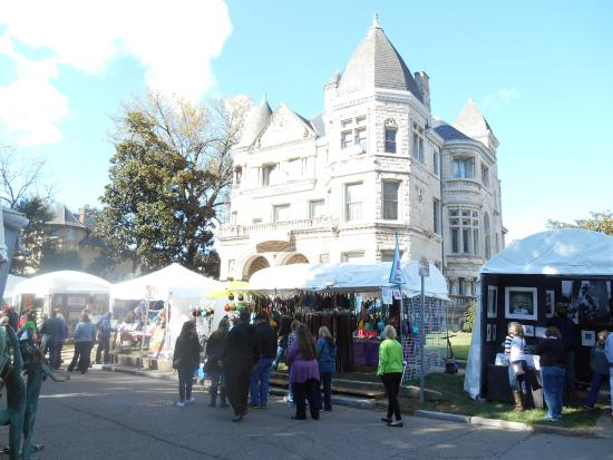 Conrad-Caldwell House Museum (Conrad's Castle): Conrad-Caldwell Mansion during October St. James Art Show