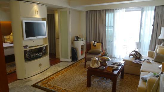 Royal Wing Suites & Spa: Suite