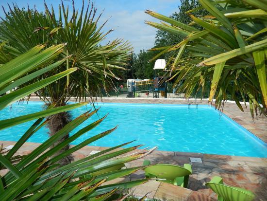 Camping Harrobia : la piscine