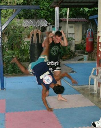 Island Muay Thai: Combat8 on Tour