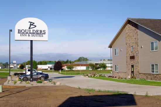 Boulders Inn & Suites Fort Madison