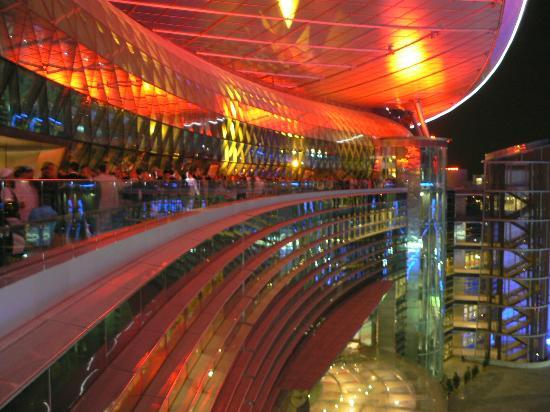 Meydan Racecourse: Terrasse de l'hippodrome Meydan
