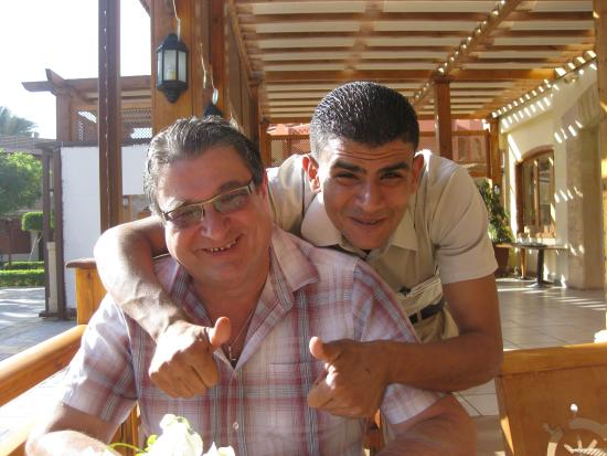 Sharm Grand Plaza : My husband with Mohammed.