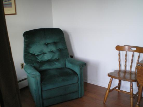 Rip Van Winkle Motel : one bed kitchenette
