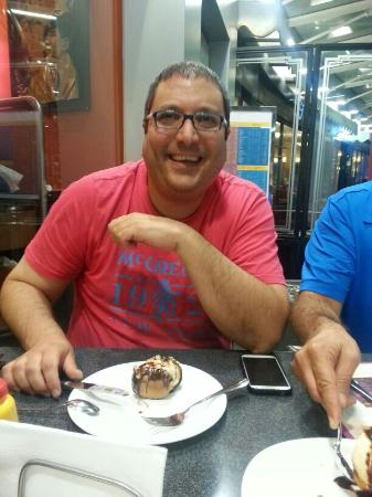Roadster diner: having a profiterole on my birthday!!!