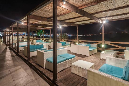 Aqua terrace 2 dolmen resort hotel malta picture of for 526 salon st paul