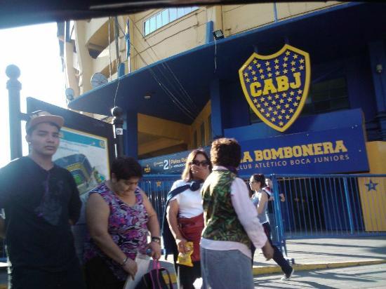 Buenos Aires Historico Tours: la bombonera y el museo xeneize