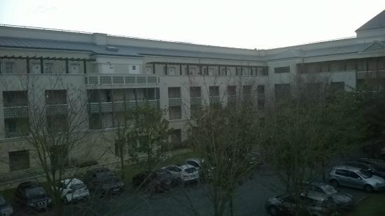 Adagio Aparthotel Val d'Europe: vue de la coursive