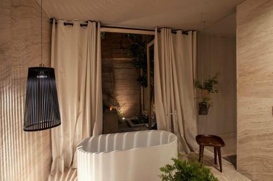 Hotel b¨o: El baño de la Garden Suite