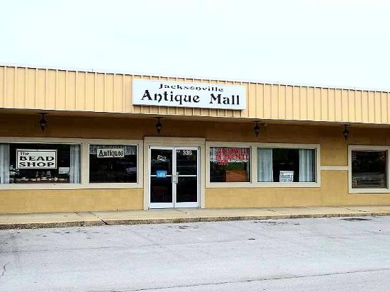 ‪Jacksonville Antique Mall‬