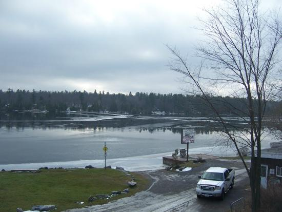 White Lake, Kanada: The view from our table on Nov 23rd.