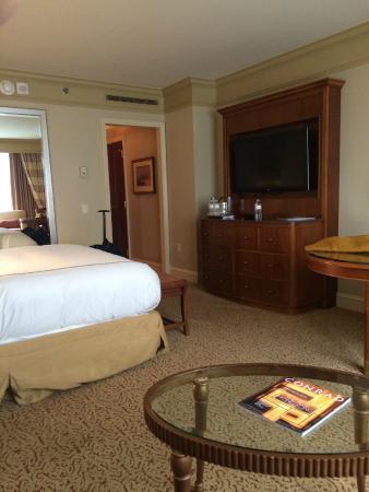 Conrad Indianapolis: room