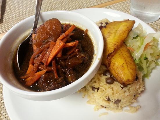 Mango's Caribbean Restaurant: Ox Tail