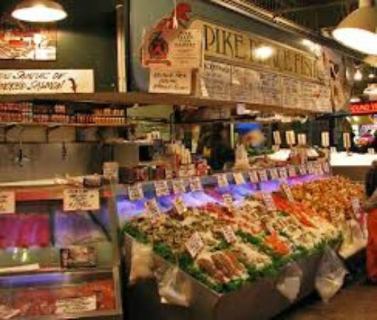 Crabs picture of pike place market seattle tripadvisor for Pike place fish market video