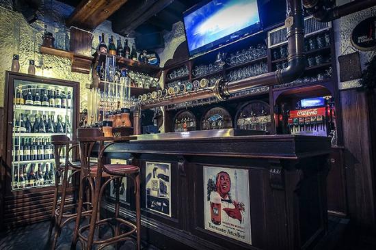 Bancone birra foto di birreria trilussa roma tripadvisor for Bancone birreria usato