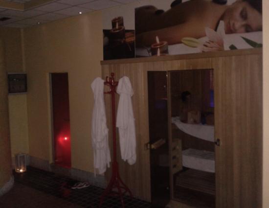 sauna e bagno turco - Picture of La Plage Beauty & Relax, Costermano ...