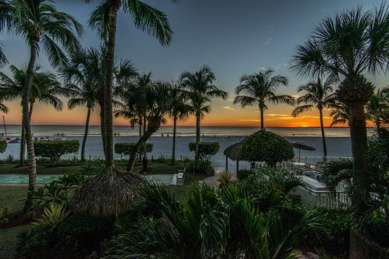 Best Western Plus Beach Resort Hotel Fort Myers