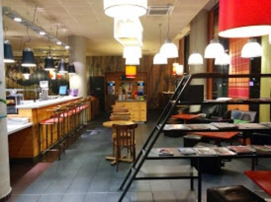 Ibis Styles Lyon Centre - Gare Part Dieu: bar