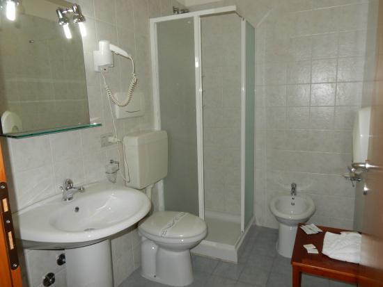 Residence le Corniole Aparthotel: Bagno