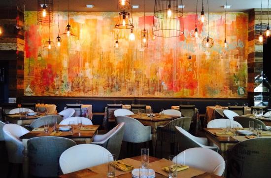 cucina urbana dining room and graffiti wall