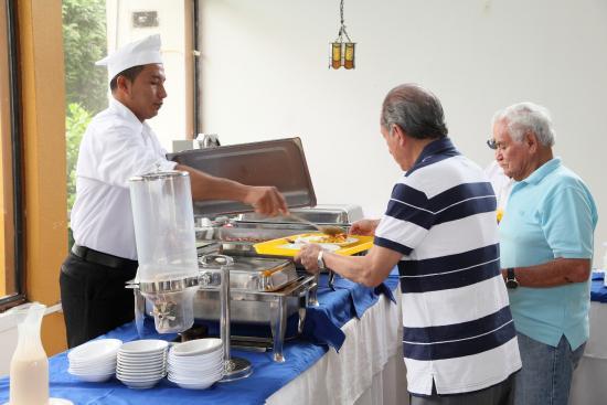 Hotel Puerto Ballesta: Buffet