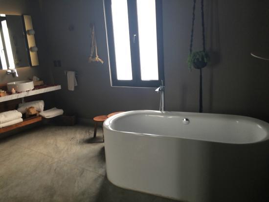 Baño De Tina O Artesa:Cama – Foto de Dos Casas, San Miguel de Allende – TripAdvisor