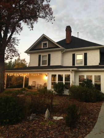 The Groome Inn- your home away from home