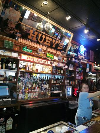 Huey's: Great Place
