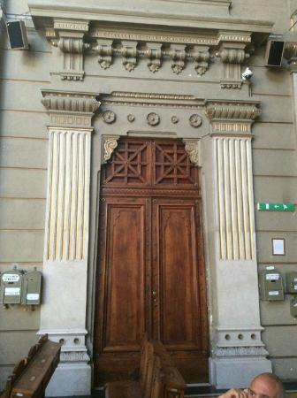 Museo Ebraico di Roma : Another of Three Doors to the Synagogue