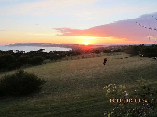 Seascape Lodge on Emu Bay : Sunrise Emu Bay