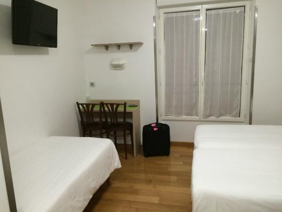 Hotel Darcet: Room