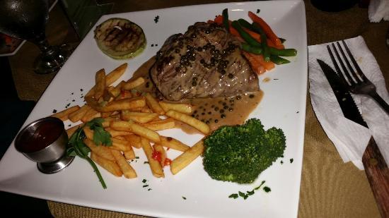 Tramonti: Beef steak in pepper sauce  - just go for it