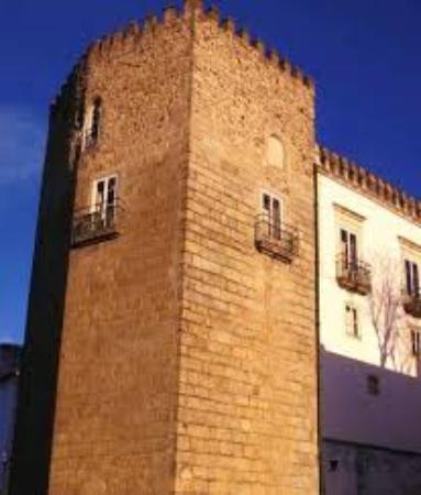 Torre das Cinco Quinas