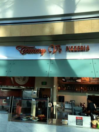 Tommy V's Pizzeria