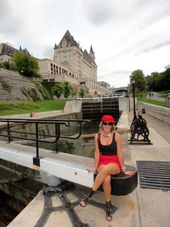 Ottawa Walking Tours : Museum