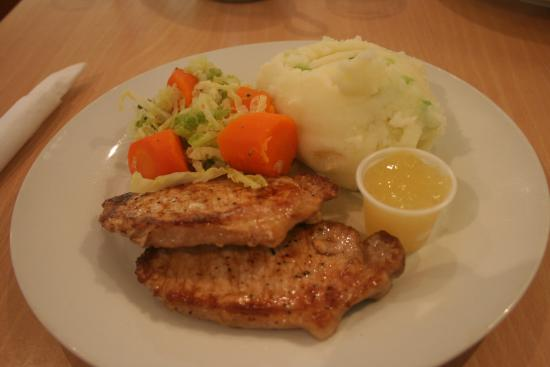 The Berry Tree Cafe: Grilled pork chops.