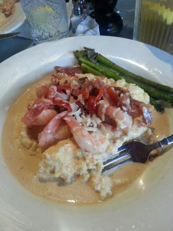 Crady's Eclectic Cuisine on Main: Shrimp and Grits