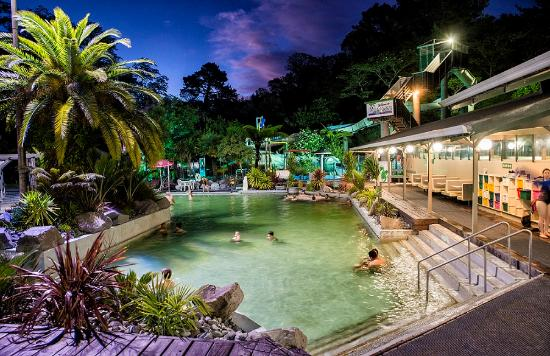 Taupo DeBretts Spa Resort: Our main pool sit at 38 degrees, great for everyone