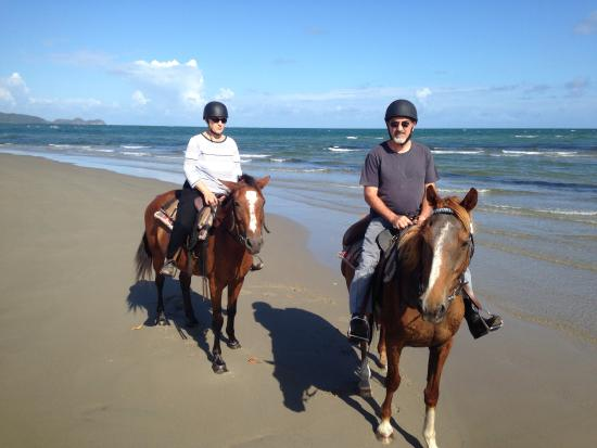 Bana  Bama  Horse Rides: Deserted beaches don't come any better than this!