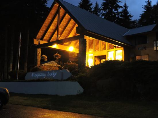 Nisqually Lodge: The Outside
