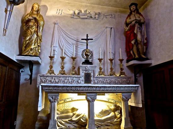 inside the basilica picture of basilique d ars ars sur formans