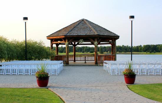 Solitude Links Golf Course & Banquet Center