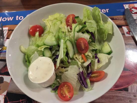 Lobster Trap Restaurant: Salad with blue cheese dressing