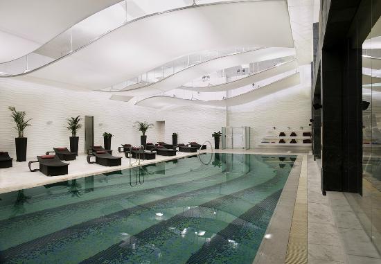 Sheraton Grand Incheon Hotel: Swimming Pool
