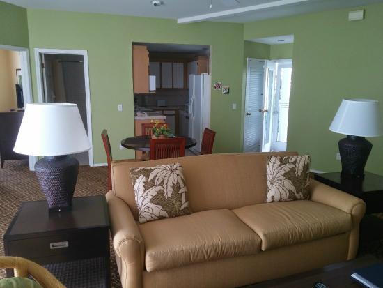 Wyndham Mauna Loa Village: Living / dining room